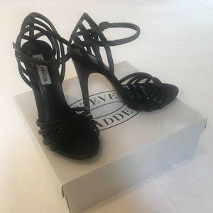 Steve Madden black rhinestone high heels size 7.5